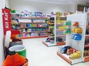 Продаются новые полки с супермаркета и касса.