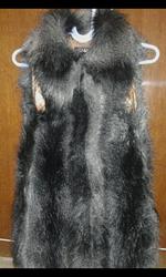 Меховые жилетки