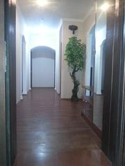 Продам 5-и комнатную кв. на 3-м этаже 3-х этажного дома в 11 мкр.